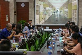 Presentation of Ricastudio to Foshan authorities in China